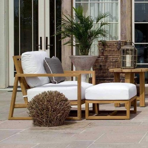 Teak lounge chair for outdoor
